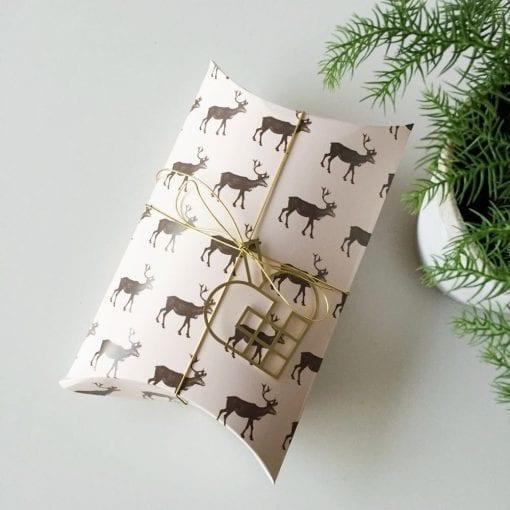JHMS2-julehjerte-messing-jul-pynt-design-interiør-bolig-ophæng-dekoration-minimalistisk-Felius-Design-6