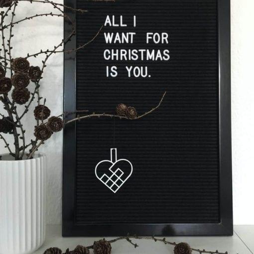 JHHS2-julehjerte-hvid-jul-pynt-design-interiør-bolig-ophæng-dekoration-minimalistisk-Felius