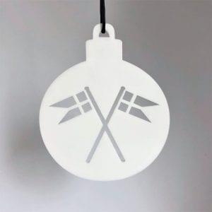 julekugle-med-flag-hvid-ryborg-urban-designs-dansk-design