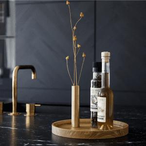 rund bakke_egetrae_55 north_servering_anretning_indretning_dansk design_modernhouse